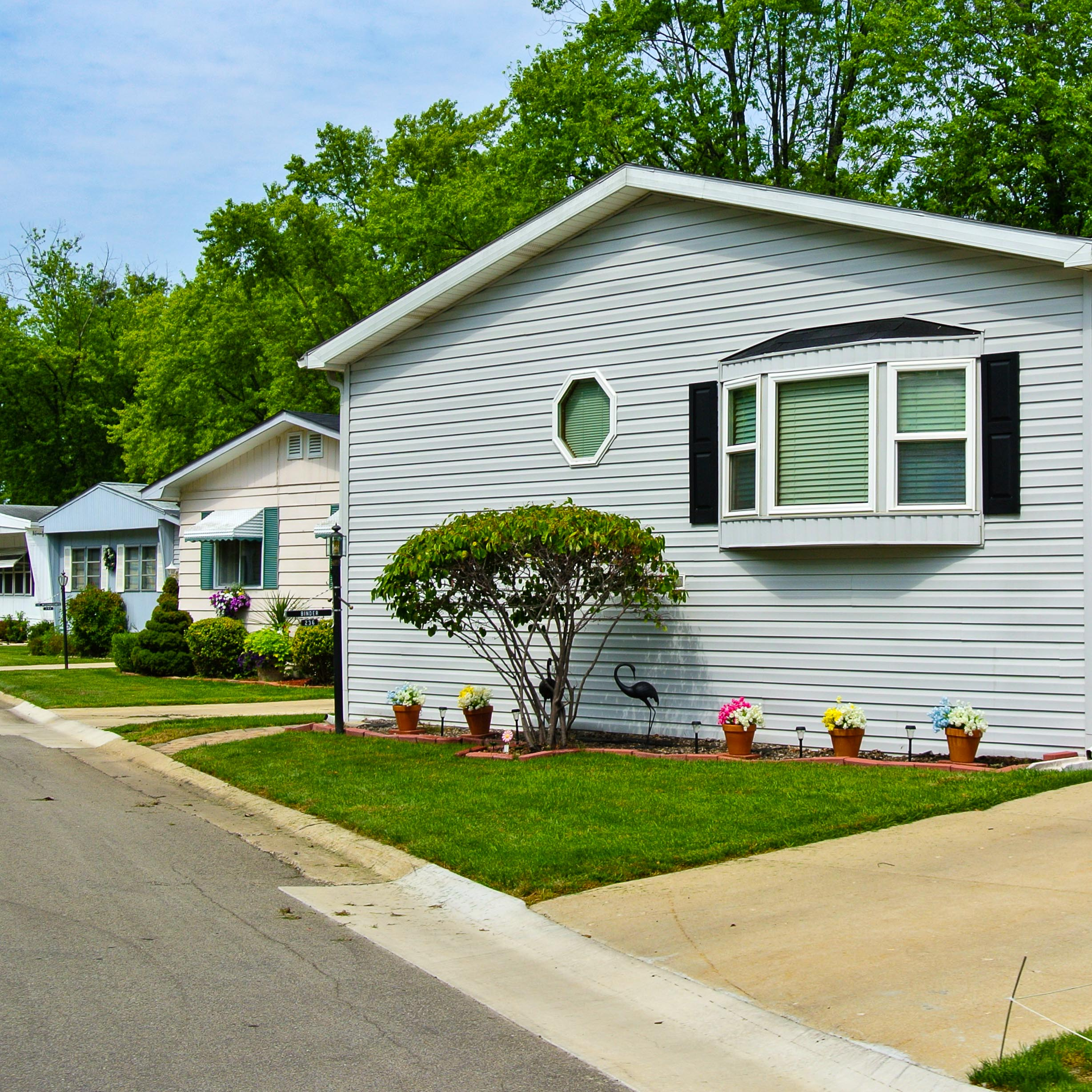 How to Sell a Mobile Home with a Mortgage