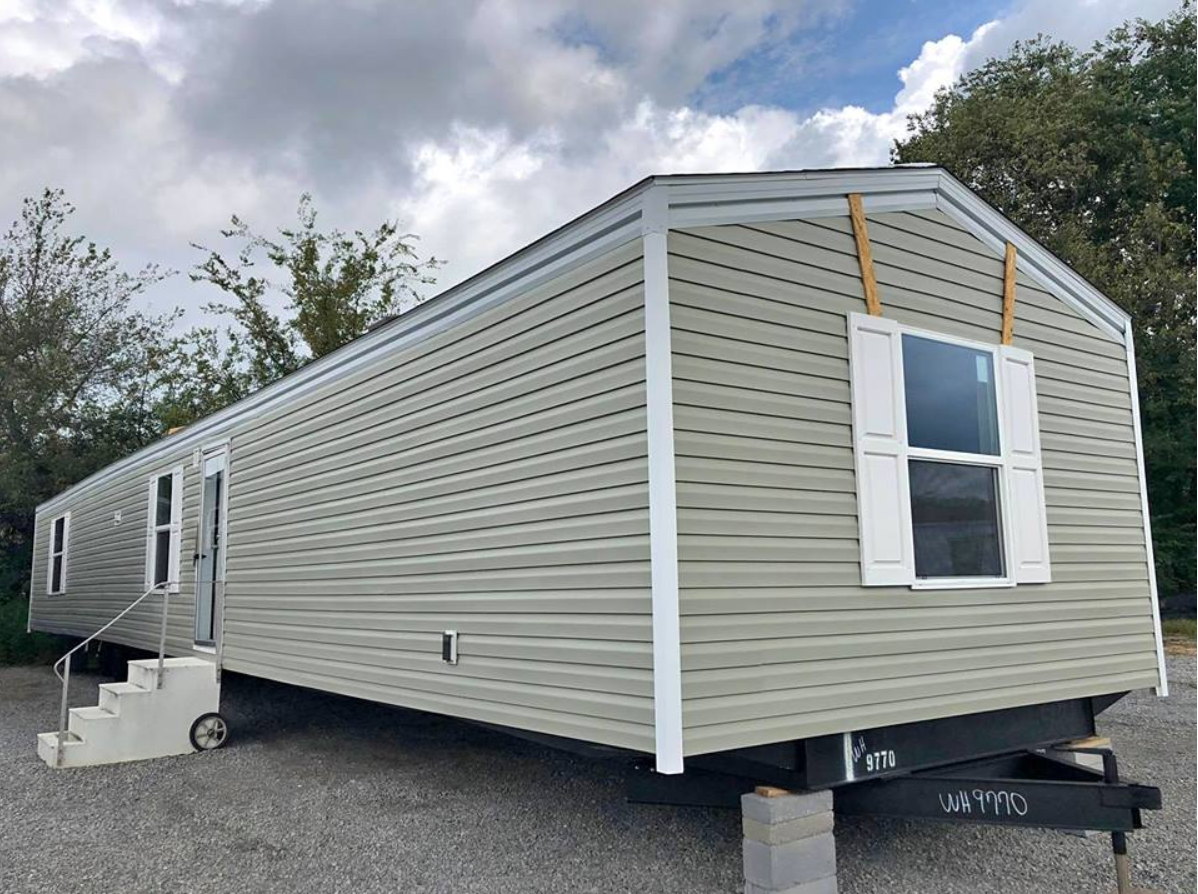 The Hidden Savings in Buying a REPO Mobile Home